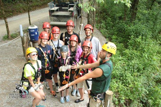 Hocking Hills Canopy Tours : Everyone with the Zip guides