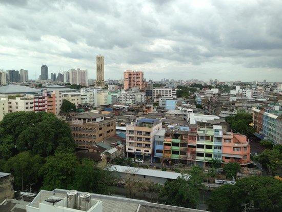 Bangkok Centre Hotel: 部屋からの眺め!(^_^)