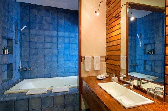 Hotel Capitan Suizo: Beach Front Garden Room