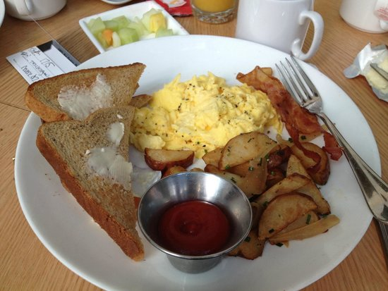 Revere Hotel Boston Common: American Breakfast