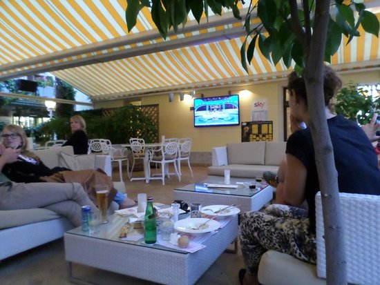 Ristorante Le Palme : Our view for the WC final