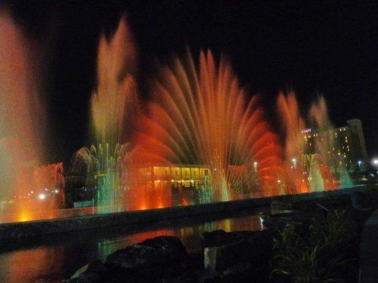 Hotel At WaterWalk: Fountain @ WaterWalk #3