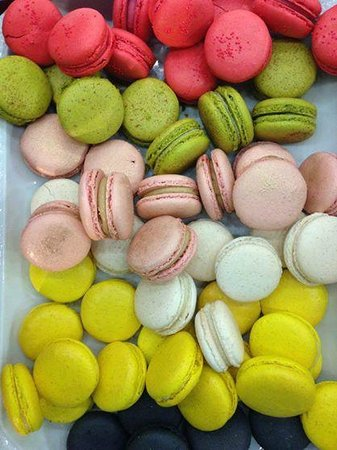 Ma Mere Confections: a Selection of Macarons at the Saturday Market