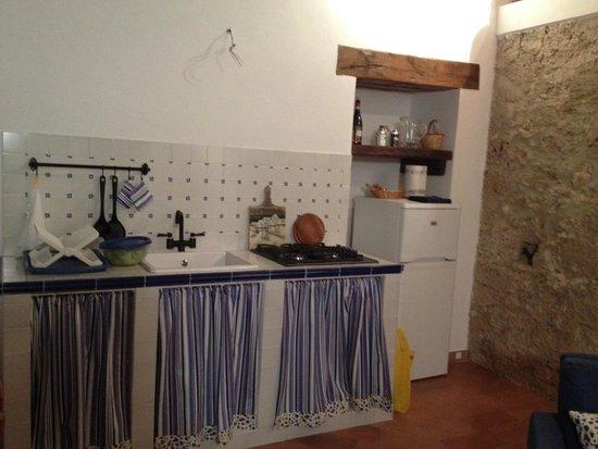 Ambiente unico ( cucina soggiorno) - Foto di B&B Noce ...
