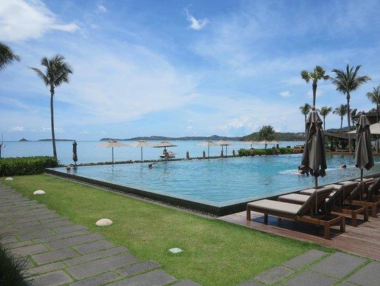 Hansar Samui Resort : Beautiful pool