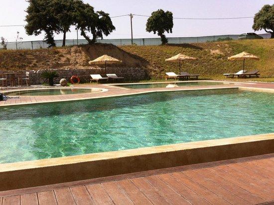 Golden Milos Beach Hotel: Piscina do hotel