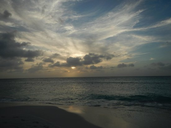 Bucuti & Tara Beach Resort Aruba: sunsets
