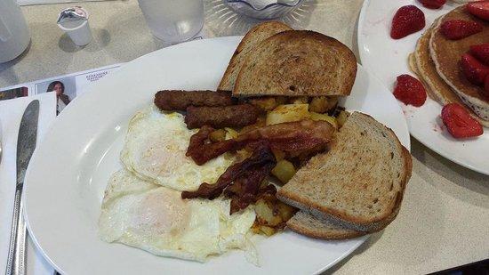 Chip's Family Restaurant: The 2x2x2x2 breakfast
