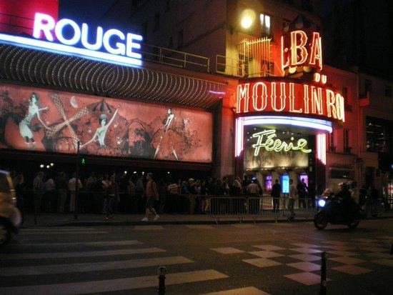Timhotel Saint Georges: tutti in fila per lo spettacolo