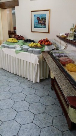 Parco Blu Club Hotel Resort : Buffet frutta
