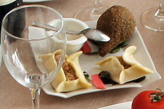Le Liban: Plat libanais au restaurant Liban à Bordeaux