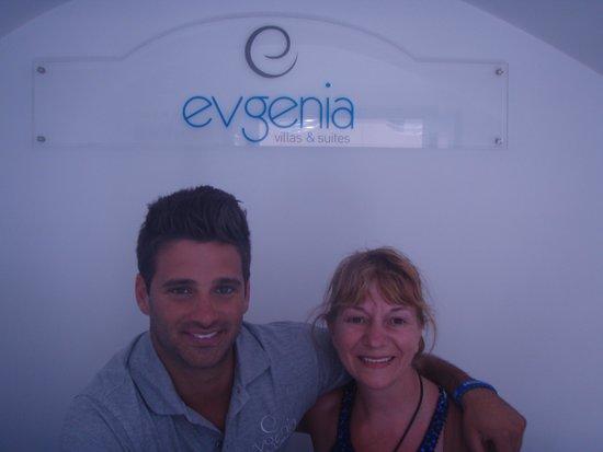 Evgenia Villas & Suites : Moi et le propriétaire George