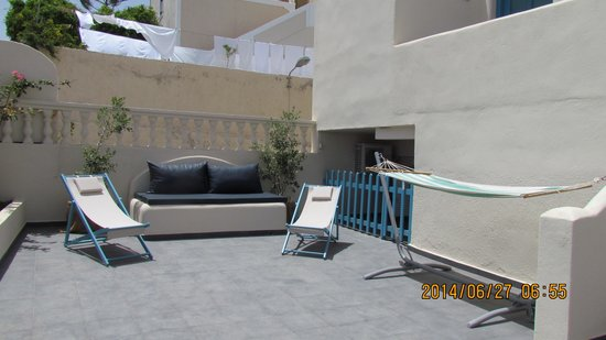 Evgenia Villas & Suites : Nos chaises et hamac