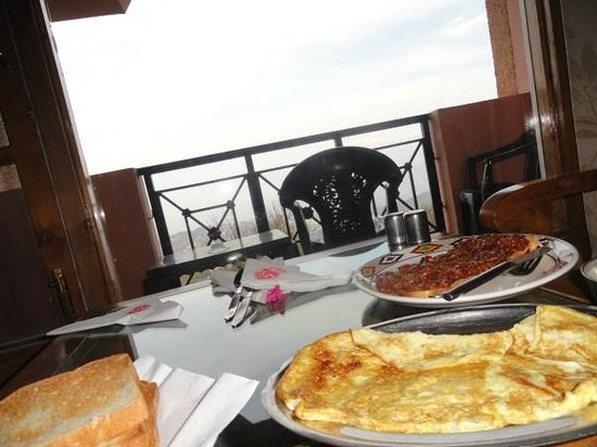 The Manimahesh-HPTDC: Food with balcony with