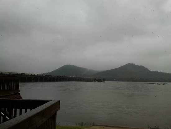 Bridgeview Bed & Breakfast: view from back porch (cloudy day)
