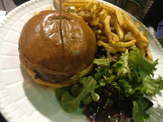 Le Bacchus : Cheeseburger maison