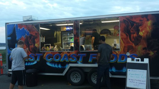 ‪Hillsborough - East Coast Food Truck‬