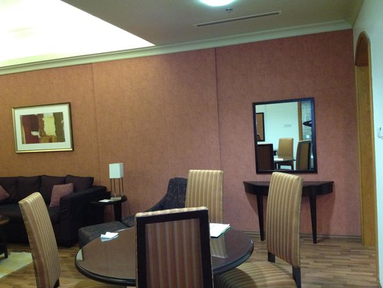 Al Khoory Hotel Apartments: Welcoming environment