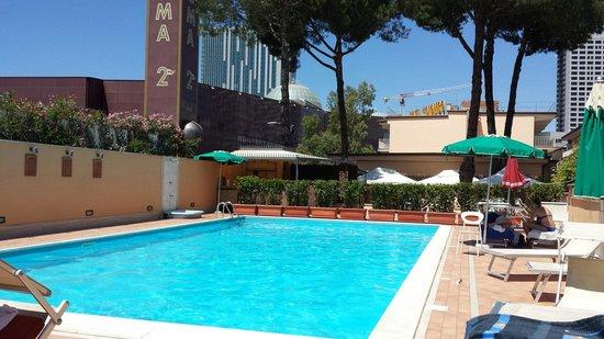 Cristoforo Colombo Hotel : Piscina