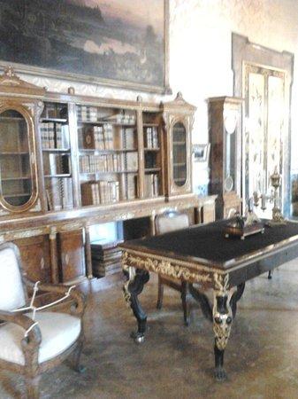 Palazzo Reale: La libreria