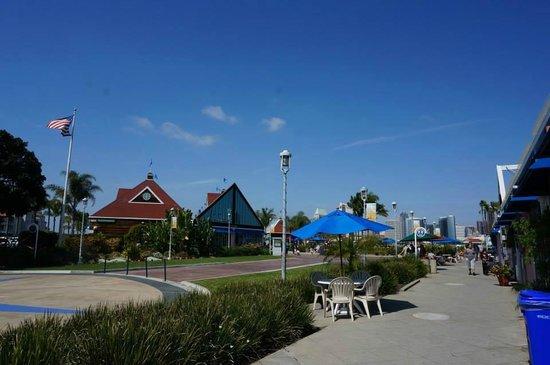 Coronado Island: Island centre