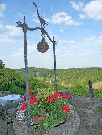 Burghotel: Terraza de ocio y desayuno