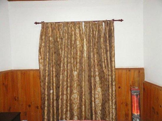 Hotel Bhagsu - HPTDC: room