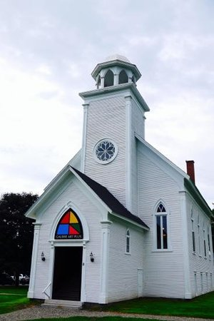 Sutton, Kanada: this lovely church is now a lively art gallery