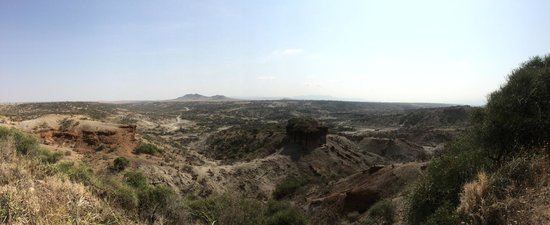 Olduvai Gorge Museum: The view point outside the Oldupai Museum