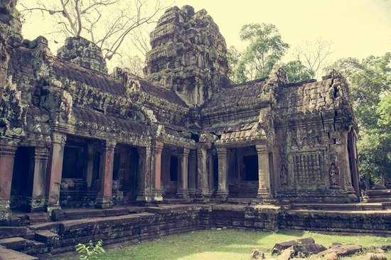 Ta Prohm: Inside