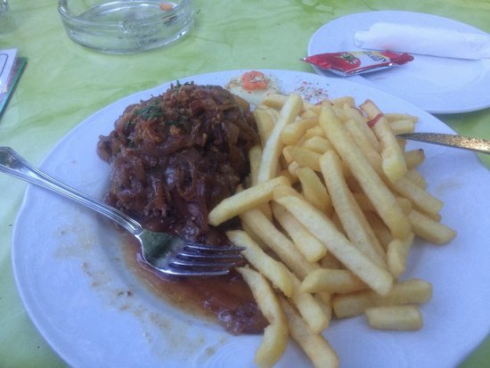 Quack Inh. Baha Melhem: Rump steak with onions and fries