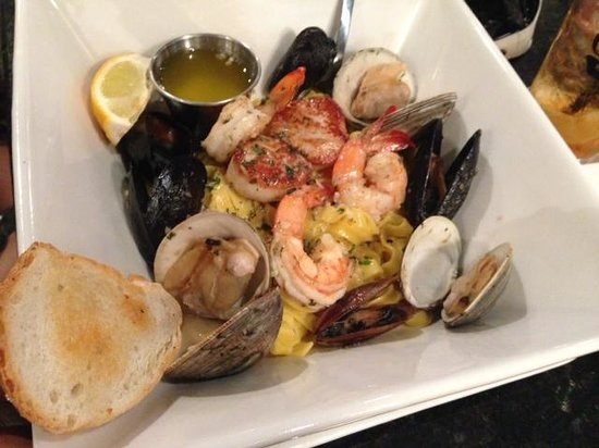 Off The Hook Seafood Restaurant & Market : The Most Delicious