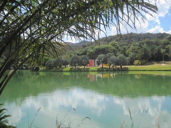 Inhotim - vista para o lago