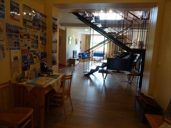 Guesthouse Narfastadir: loungeruimte