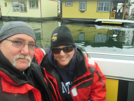 Eagle Wing Whale Watching Tours: What an awesome ride!!!