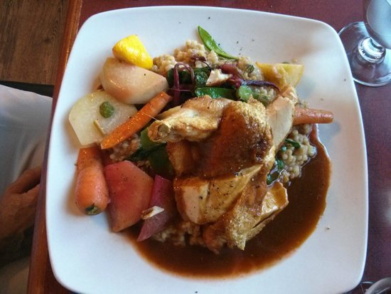 Harbour House Restaurant : The Chicken Supreme, hearty and a very large serving.