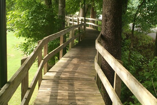 Rumbling Bald Resort on Lake Lure: part of a walking/fitness trail