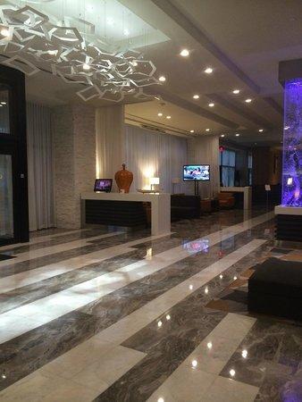 EB Hotel Miami Airport : Lobby
