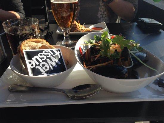 The Globetrotter: Underbar tapas, speciellt musslorna med en asiatisk twist!