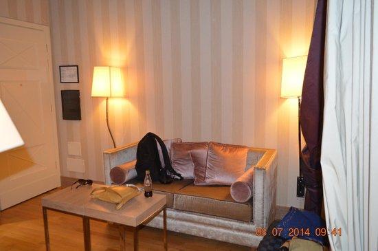 Starhotels Splendid Venice: star dentro de la habitacion...muy bien equipado