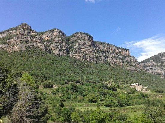 Hotel La Freixera : montaña de Bussa desde la casa rural