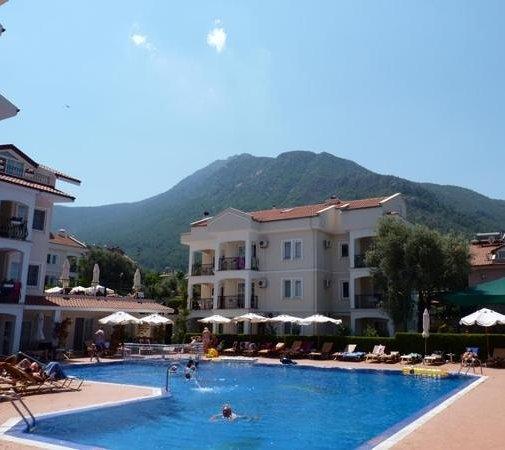 Sea Breeze Apart Hotel: family pool