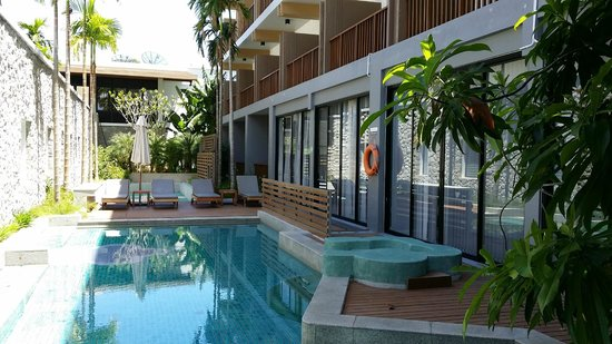 Deevana Plaza Krabi Aonang : The swimming pool
