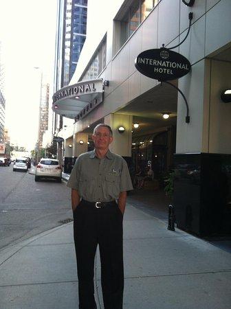 International Hotel and Spa Calgary : Downtown !