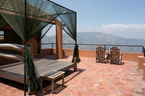 The Dwarika's Resort-Dhulikhel: On the roof of each guest house is the option of sleeping under the stars