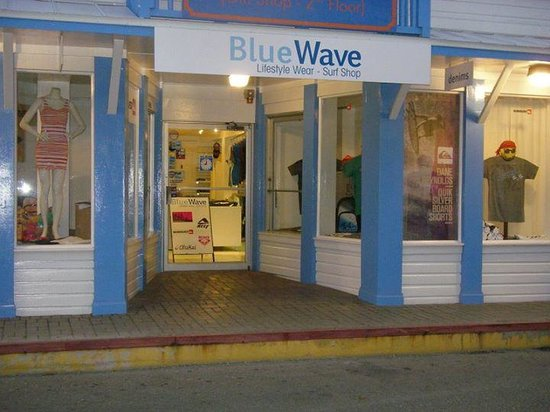 ‪Blue Wave Surf Shop‬