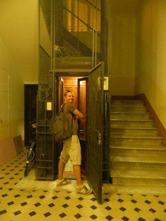 Castel Sant'Angelo Inn : lovely elevator