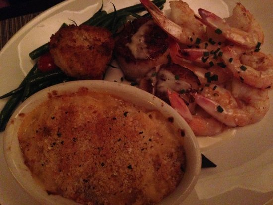 WiseGuys: Seafood Collection (shrimp, scallops, crab cake + sides)