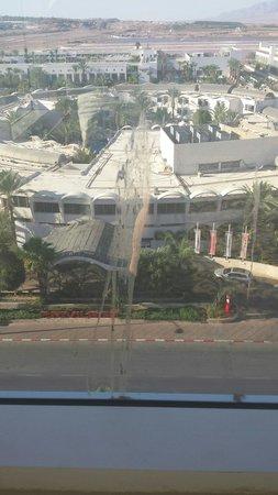 Crowne Plaza Hotel Eilat : לכלוך על השימשה
