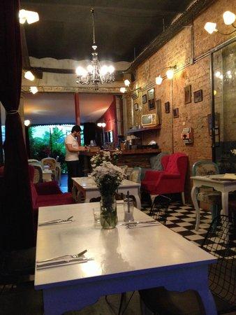 Scoop Galata : Güzel yemek , Güzel servis ve Güzel müzik..
